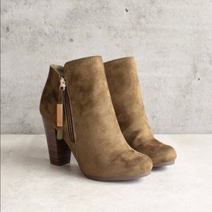 Breckelle's Gina-31 tan vegan suede ankle bootie